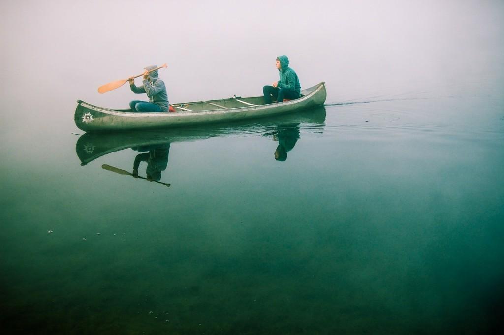 canoe-480465_1280